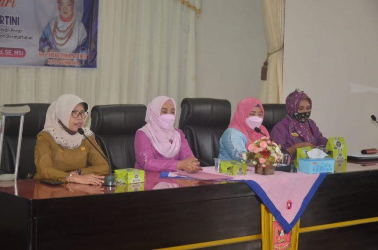 Gabungan Organisasi Wanita (GOW) Kabupaten Agam, Menggelar Seminar Dalam Rangka Memperingati Hari Kartini