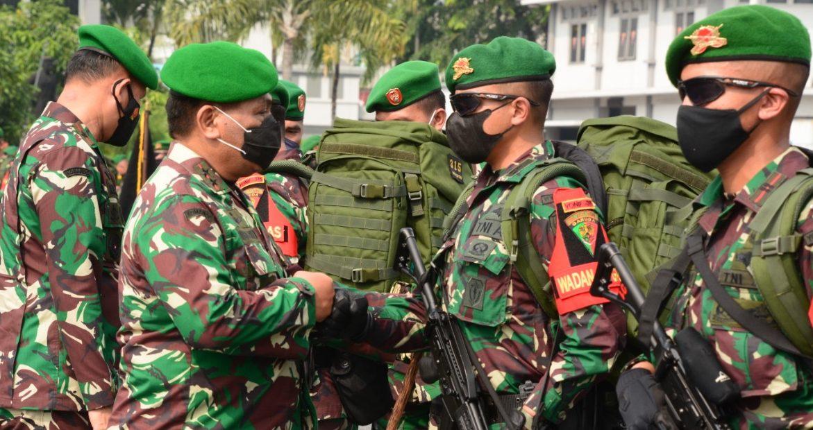 Pangdam IIISiliwangi Lepas Satgas Pamrahwan Yonif 315Garuda Ke Papua