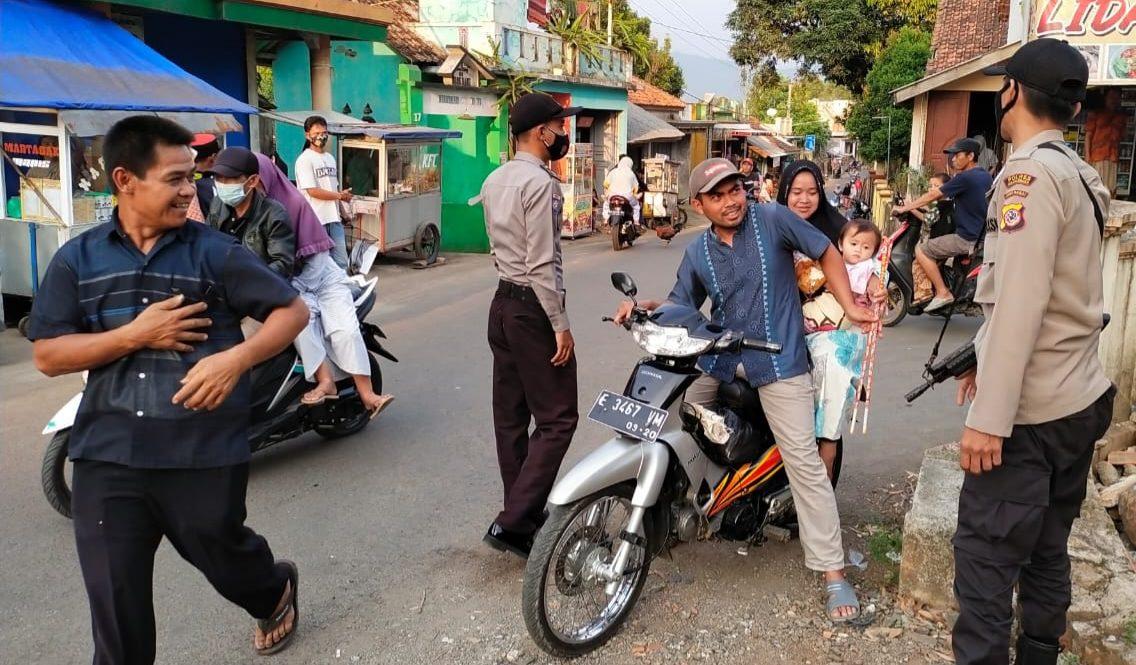Polsek Malausma Laksanakan Ops Yustisi Berikan Himbauan Pakai Masker