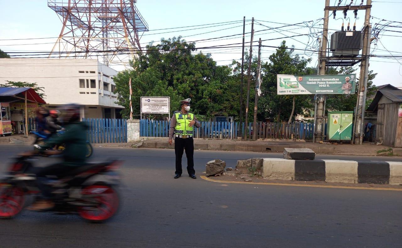 Pelayanan Prima Sat Lantas Polsek Gunung Jati Polres Ciko, Tempatkan Personil Jam Rawan Pagi
