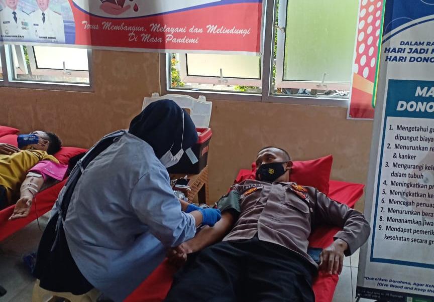 Momentum Hari Jadi Majalengka Ke 531, Polsek Palasah Polres Majalengka Mengikuti Donor Darah