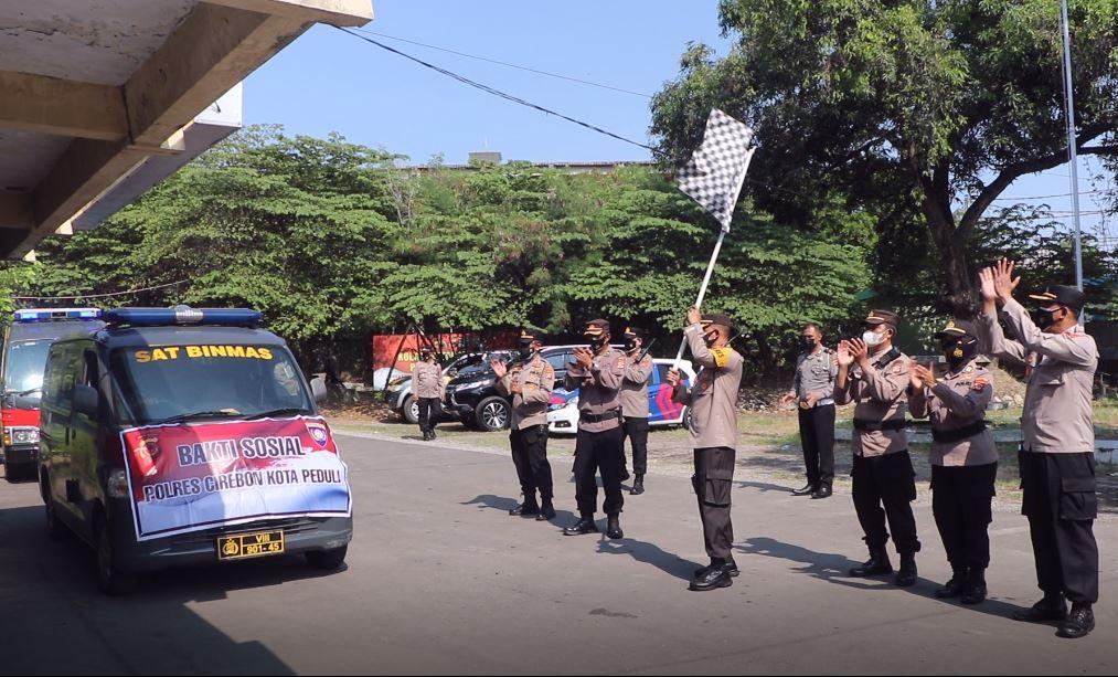 Kapolres Cirebon Kota, Melepas Bansos Sebanyak 6.5 ton, Untuk Disalurkan Kepada Masyarakat Dampak PPKM Darurat