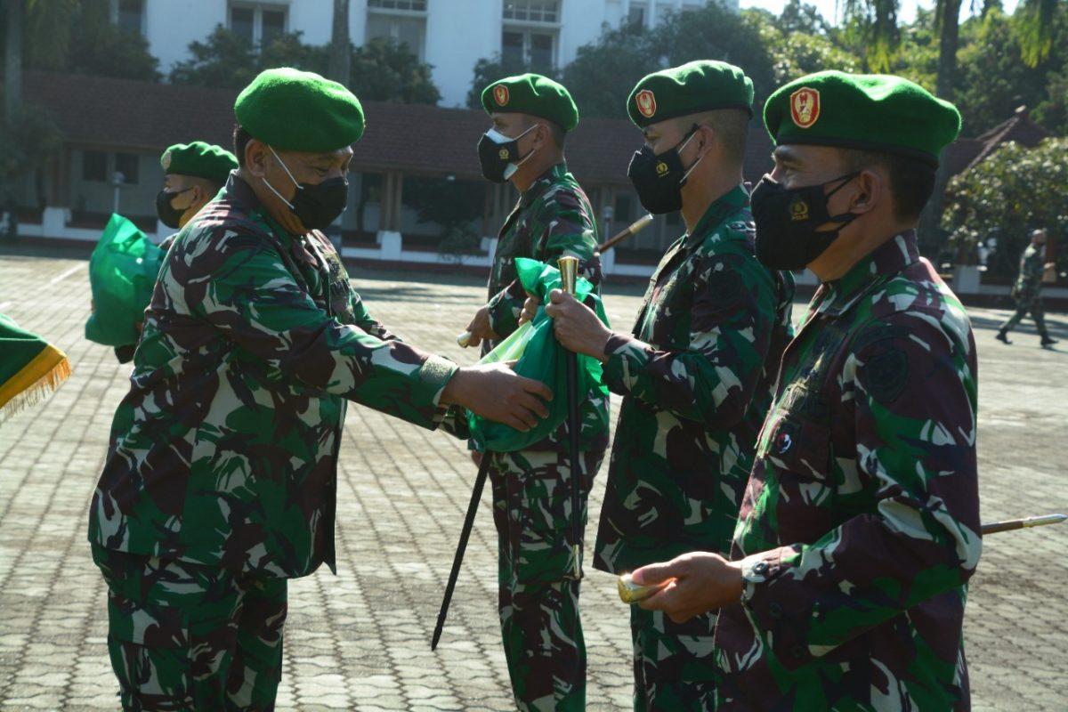 """Pangdam III/Slw, """"Para Dandim Harus Distribusikan Bansos Tepat Sasaran"""""""