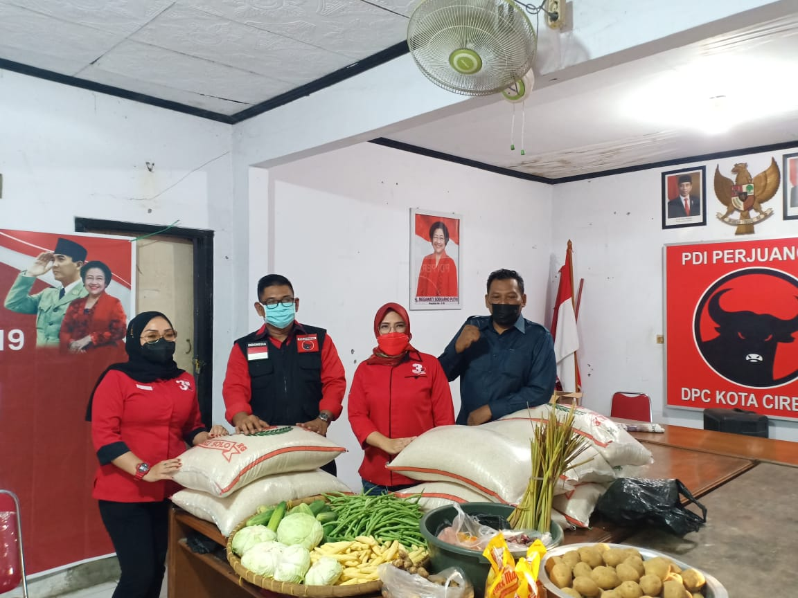 Anggota DPRD PDI Perjuangan Rela Gajinya Untuk Penanganan Covid-19