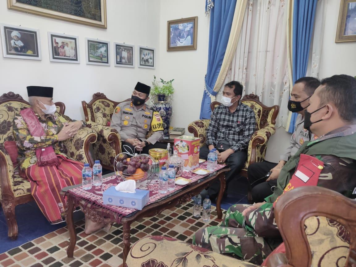 Jalin Silaturahmi Dengan Tokoh Agama, Kapolres Majalengka Ajak Bersama Ciptakan Kamtibmas dan Penerapan Prokes