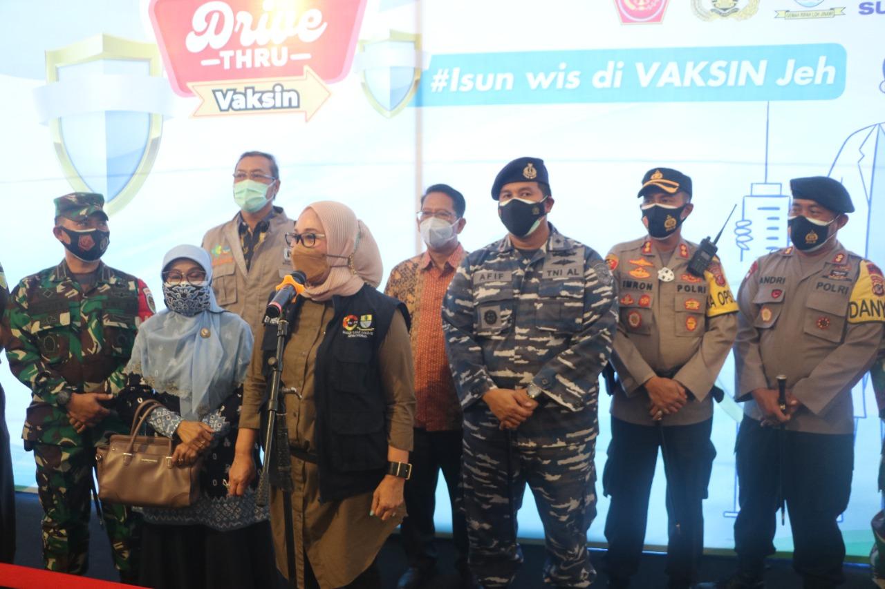 Kapolres Cirebon Kota, Hadiri Kegiatan Vaksinasi Covid-19 Dosis Pertama Secara Drive Thru