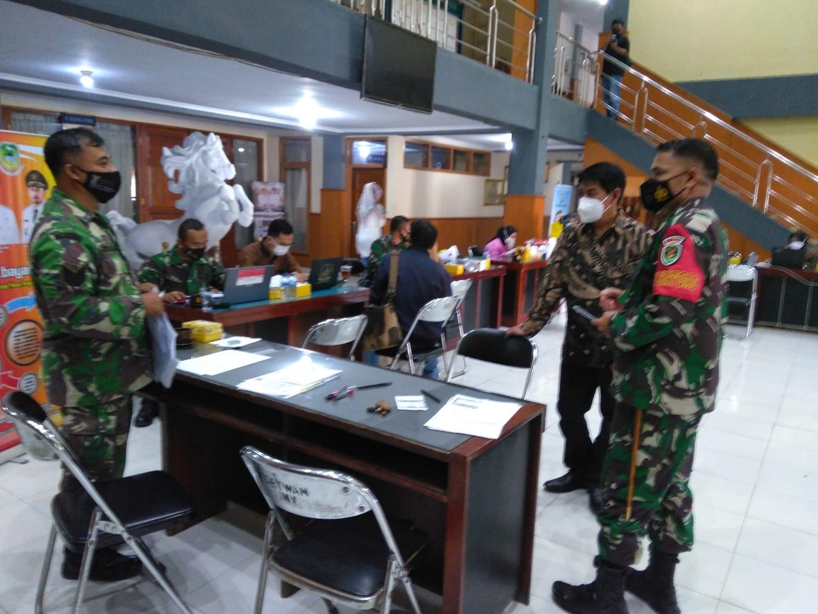 Kodim 0615/Kuningan Sediakan 100 Vaksin Untuk Keluarga Besar Anggota DPRD