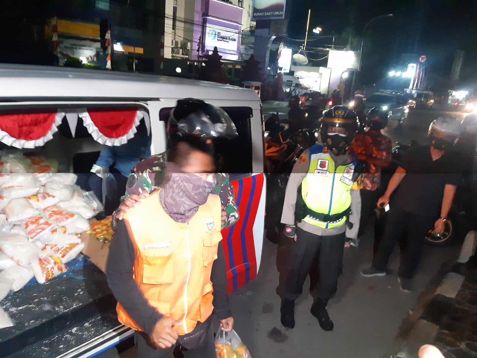Solusi Ditengah PPKM Level 4, Kapolres Cirebon Kota Luncurkan Mobil Warung Keliling Sat Lantas Polres Cirebon Kota