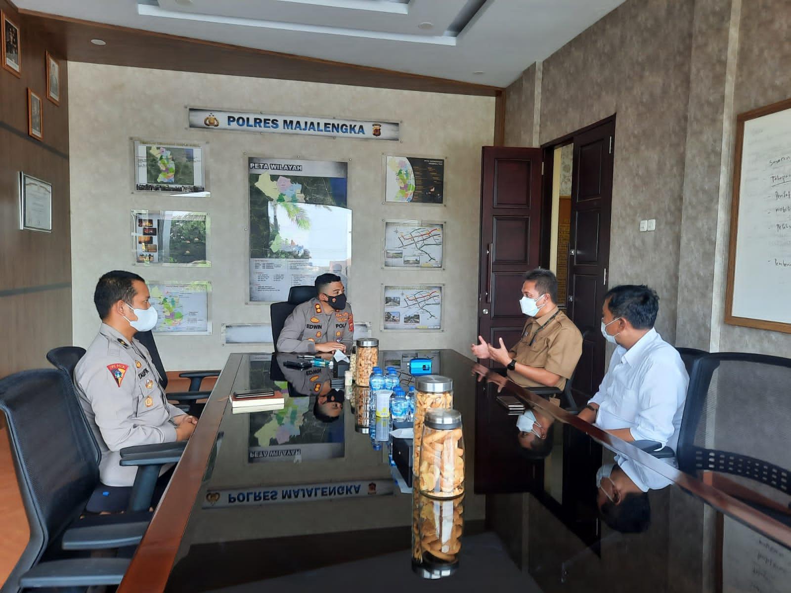 Kapolres Majalengka Terima Kunjungan Silaturahmi Kadinkes Majalengka Bahas Proses Percepatan Vaksinasi