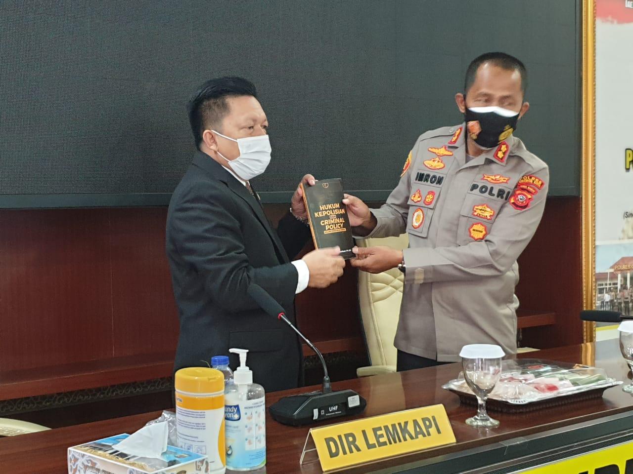 Kapolres Cirebon Kota Raih Penganugerahan Penghargaan PRESISI AWARD dari LEMKAPI
