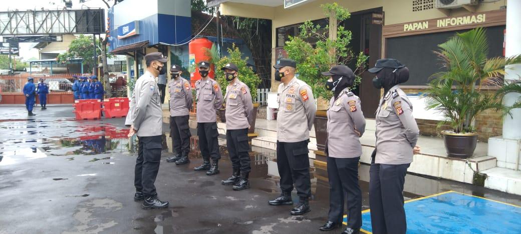 Kabag SDM Polres Cirebon Kota Pimpin Apel Satfung dan Senam AW S3 Personil Polres Cirebon Kota