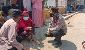 Kapolres Ciko Salurkan Paket Beras Bagi Masyarakat Dampak Pandemi Covid-19