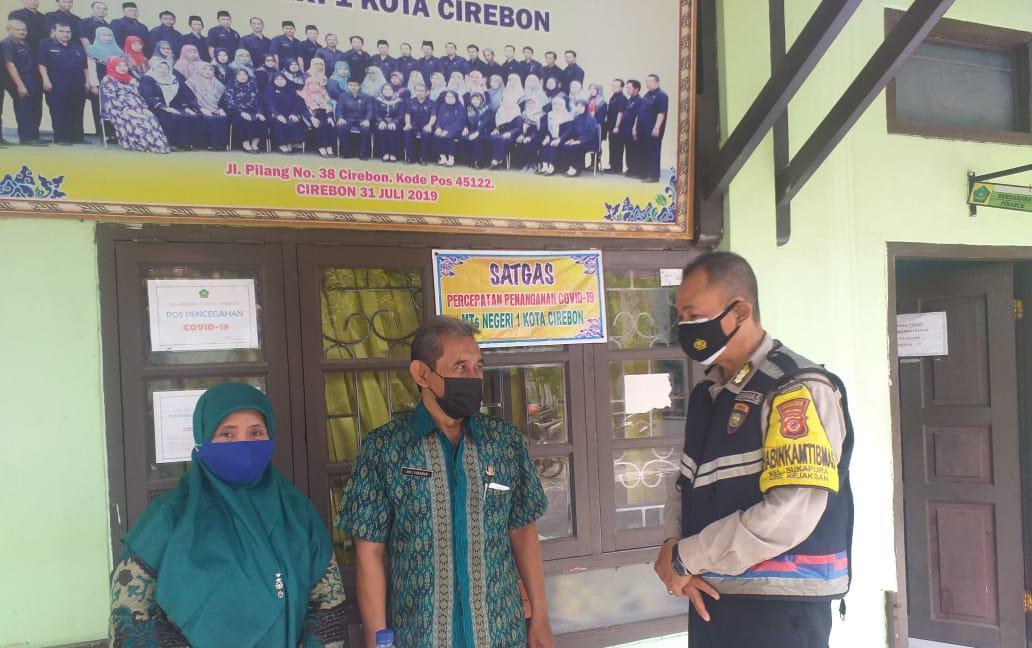 Bhabin Kelurahan Sukapura Polsek Utbar Ciko, Cek Kontrol Pembagian dan Binluh Kamtibmas