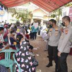 AKABRI 1999 Peduli Gelar Vaksinasi Massal dan Salurkan Bansos di Wilayah Polresta Cirebon