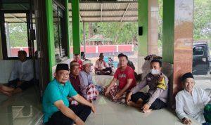 Ciptakan Kamtibmas Kondusif, Bhabinkamtibmas Desa Kalikoa Kedawung Sambangi Tokoh Agama